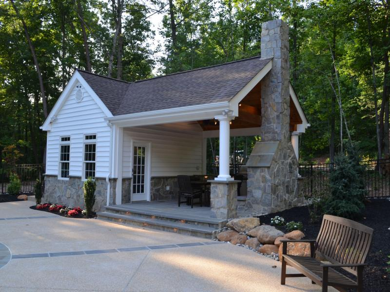 Pool house outdoor kitchen fireplace greensward llc for Outdoor bath house plans