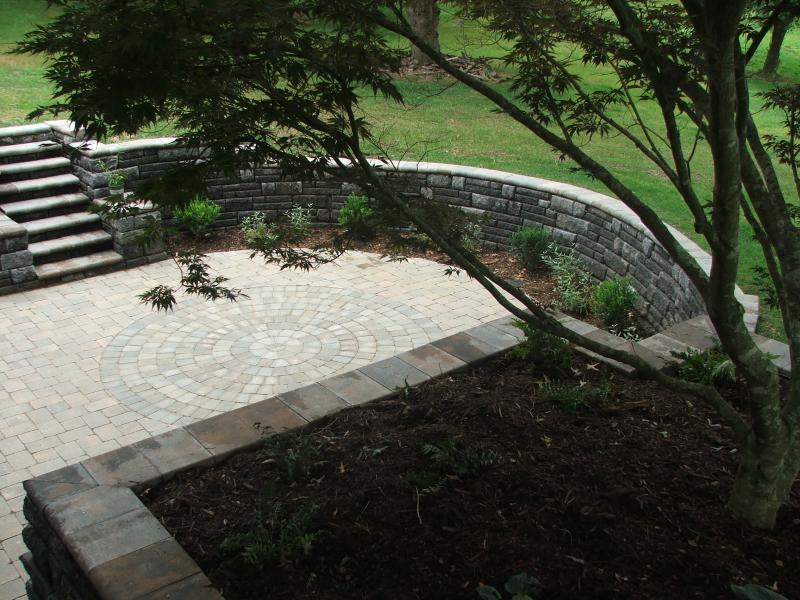 Patio and Retaining Walls Plantings