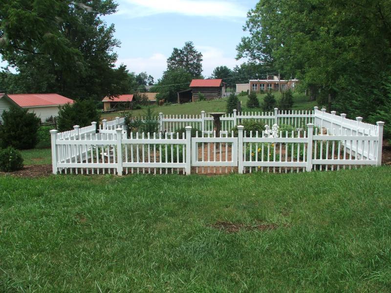 Garden Statue; Custom Picket Fence  Culpeper, VA ...