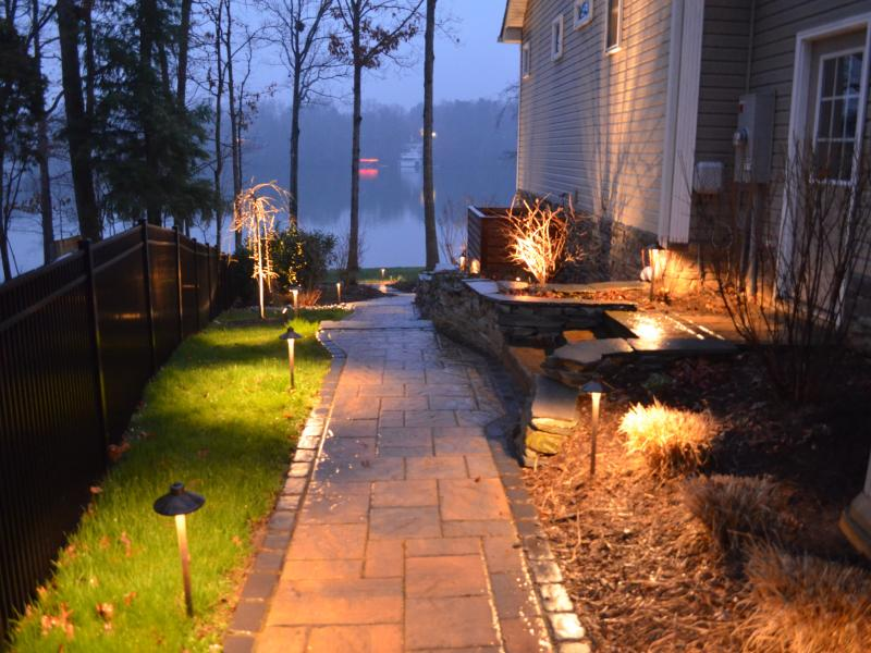 Landscape lighting on Walkway Mineral VA