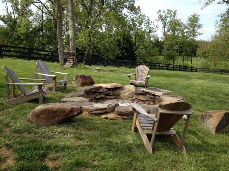 Natural Stone Fire Pit- Leesburg