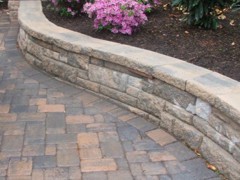 Curved Retaining Wall in Culpeper, VA