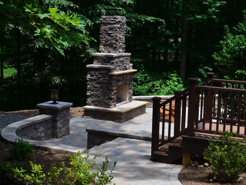 Lake Anna Patio and Fireplace